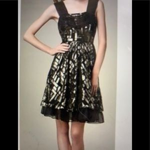 2b RYCH Gold and Black Cocktail Dress 0